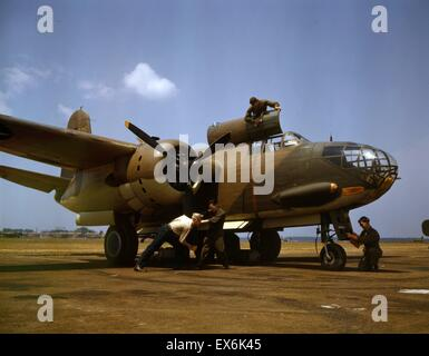 Colour photograph of the servicing of an A-20 bomber, Langley Field, Virginia. Photographed by Alfred T. Palmer. - Stock Photo