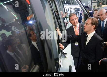 Yekaterinburg, Russia. 8th July, 2015. Russia's Prime Minister Dmitry Medvedev (R front) visits the Innoprom 2015 - Stock Photo