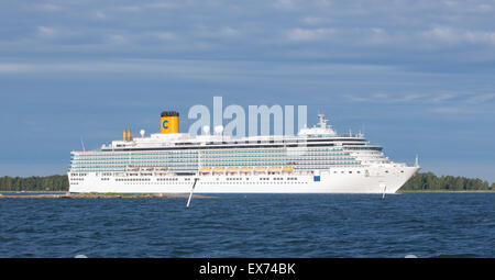 MS Costa Luminosa is a cruise ship, owned and operated by Costa Crociere, here approaching the West Harbor of Helsinki, - Stock Photo