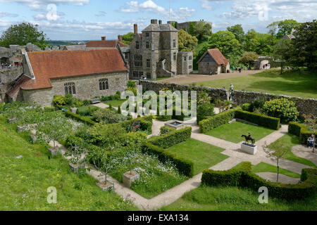Carisbrooke Castle, Carisbrooke, nr Newport, Isle of Wight, England, UK, GB. - Stock Photo