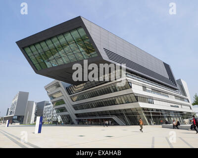 Library and Learning Centre, designed by Zaha Hadid, University of Economics and Business, Vienna, Austria, Europe - Stock Photo