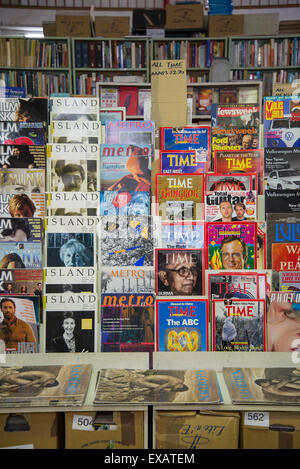 Goulds secondhand bookshop, vintage magazines, King Street, Newtown, Sydney, Australia - Stock Photo