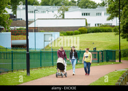 Runcorn is an industrial town and cargo port in Halton, Cheshire, UK.  Pictured Phoenix Park, As part of the Mersey - Stock Photo
