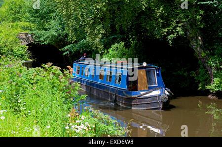 Narrowboat on Rochdale Canal, near Mytholmroyd,, Calderdale, West Yorkshire, England UK - Stock Photo