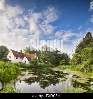 Willy Lott's House, Flatford Mill, Dedham Vale, Suffolk, England, in Constable Country. - Stock Photo