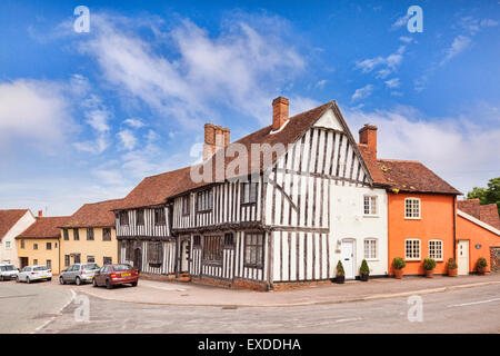 Medieval and half timbered houses in the village of Lavenham, Suffolk, England. - Stock Photo