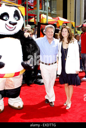 Dustin Hoffman and wife Lisa attend the Los Angeles Premiere of 'Kung Fu Panda'. - Stock Photo
