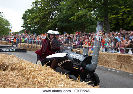 London, UK. 12th July, 2015. 70 teams participate to the London Red Bull Soapbox race Credit:  Sylvie JARROSSAY/Alamy - Stock Photo