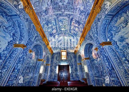 Portugal, Algarve: Amazing historic tiles in the medieval church of Sao Lourenco in Almansil - Stock Photo