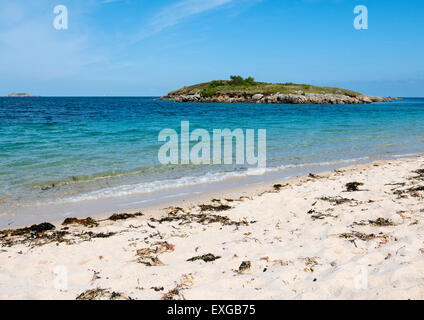 Pelistry Bay beach and Toll's island, St. Mary's, Isles of Scilly, Cornwall England. - Stock Photo