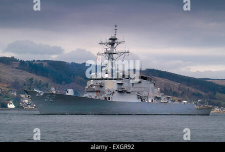 The US Destroyer, USS Barry leaving the Gareloch for NATO exercises - Stock Photo