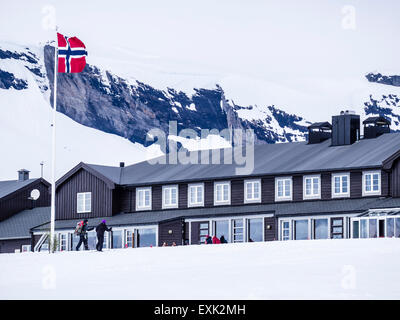 Hut of the DNT a, norwegian mountain club, National day 17th May  at  Finse, highest railway station on railway - Stock Photo