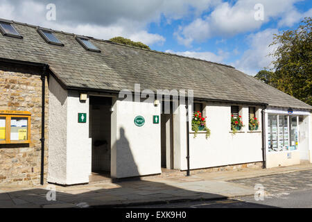Public conveniences on Main Street, Sedbergh, Cumbria. These public toilets are provided by the Parish Council. - Stock Photo