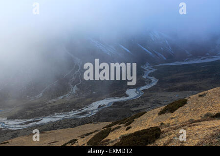 Pass of Pheriche, near Pheriche village, Everest base camp trek, UNESCO World Heritage Site, Sagarmatha National - Stock Photo