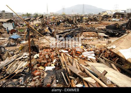 Slum demolished ; Mankhurd link road ; Bombay ; Mumbai ; Maharashtra ; India ; Asia