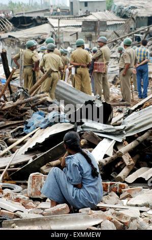 Slum dweller ; slum demolished ; Mankhurd link road ; Bombay ; Mumbai ; Maharashtra ; India ; Asia