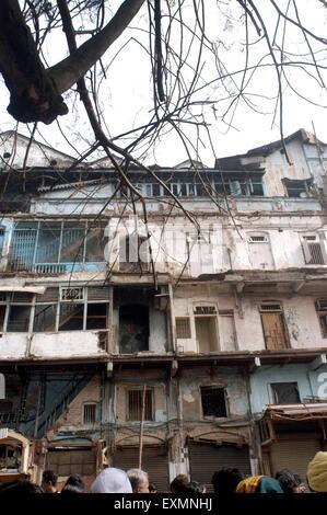building damage explosion bomb blast Zaveri Bazaar Kalbadevi Bombay Mumbai india - Stock Photo