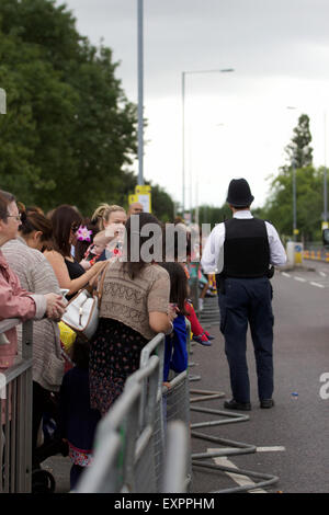 London, UK. 16th July, 2015. The Queen and the Duke of York visits Barking and Dagenham as part of the borough's - Stock Photo