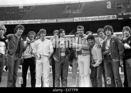 Aston Villa footballers with Sony Walkman music players before European Cup Final in Rotterdam 26/5/82 Aston Villa - Stock Photo