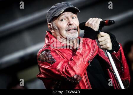 Vasco Rossi performs live in Milan © Roberto Finizio/Alamy Live News - Stock Photo