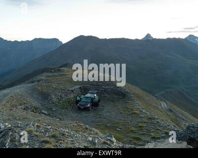Off-road vehicle, Monte Jafferau, Cottian Alps, West Alps, Piemont, Italy, Europe - Stock Photo