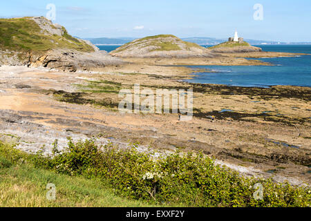 Lighthouse at Mumbles Head, Gower peninsula, near Swansea, South Wales, UK - Stock Photo