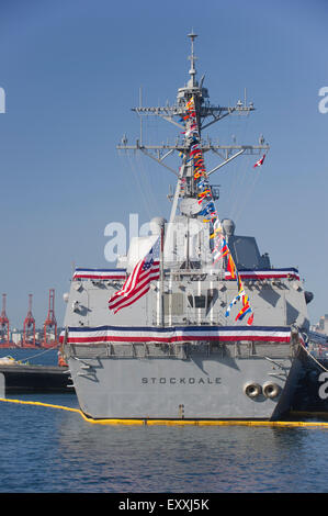 United States Guided Arleigh Burke-class missile destroyer, USS Stockdale (DDG-106) docked in Vancouver harbour - Stock Photo
