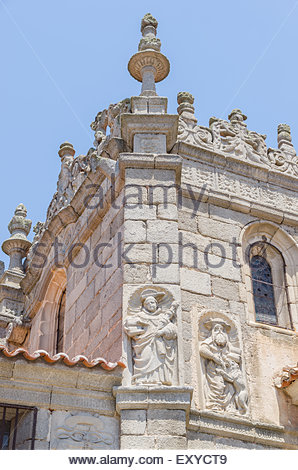 Detail of the statues in te walls of the cathedral. Avila, Spain - Stock Photo