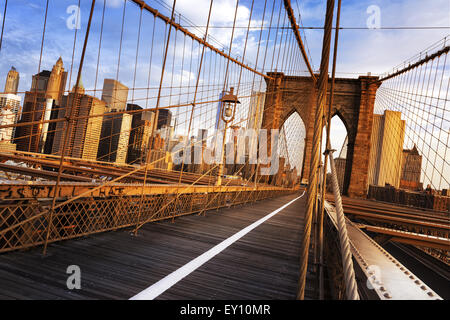 New York City, USA, early in the morning on the famous Brooklyn Bridge Stock Photo