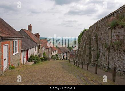 Gold Hill, Shaftesbury, (Hovis Advert)  Dorset, England, Uk. - Stock Photo