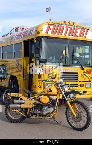 how to become a school bus mechanic