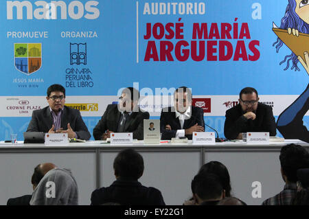 Lima, Peru. 19th July, 2015. Political scientist Renzo Ibanez (1st L) speaks during a seminar on Xi Jinping: the - Stock Photo