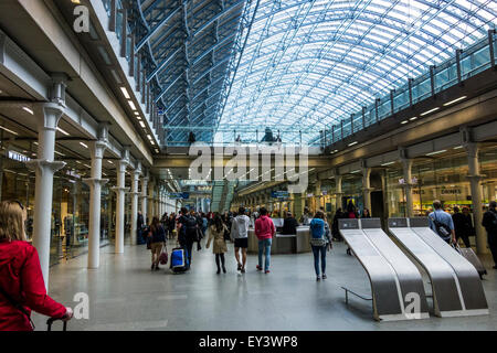 St Pancras International Station, London, England, UK. - Stock Photo