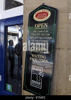 West Riding Pub, Dewsbury Railway Station, West Yorkshire, England, UK - sign outside - Stock Photo