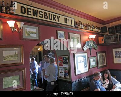 West Riding Pub, Dewsbury Railway Station, West Yorkshire, England, UK,Dewsbury No 1 - Stock Photo