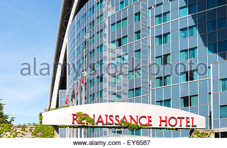 Facade of the Renaissance Hotel in Toronto. Renaissance Hotel is a luxury and modern hotel built into the Rogers - Stock Photo