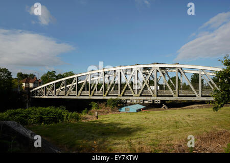 The Knutsford Road Swing Bridge crossing the Manchester Ship Canal in Latchford Warrington UK - Stock Photo