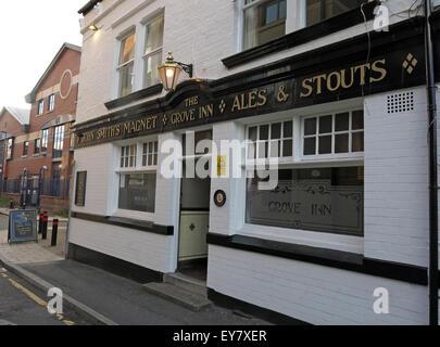 Grove Inn Pub, Back Row, Leeds, West Yorkshire,England,UK - Stock Photo