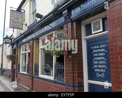 The Pretty Bricks Pub, Walsall, Black Country, West Midlands, England, UK - Stock Photo