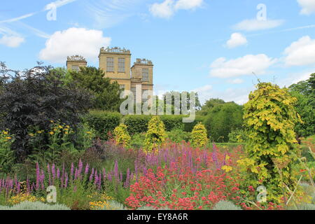 Hardwick Hall, south elevation, Derbyshire, England, UK: an Elizabethan manor house and garden - Stock Photo