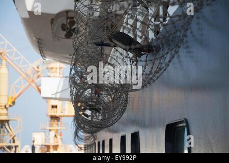 Razor wire to deter Somali pirates, off Somalia, Gulf of Aden, Indian Ocean; Somalia - Stock Photo