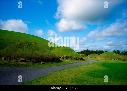 Knowth, Brugh Na Boinne Complex, Co Meath, Ireland; Neolithic Passage Grave And Unesco World Heritage Site - Stock Photo