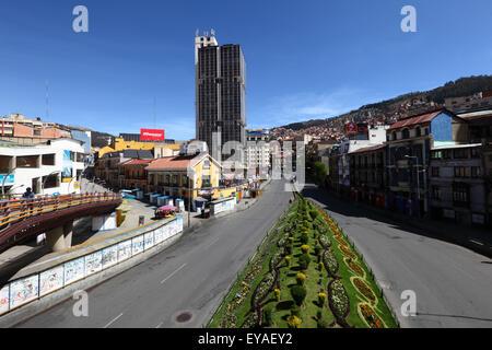 Empty main Av Mariscal Santa Cruz through city centre during 2014 presidential elections, La Paz, Bolivia - Stock Photo