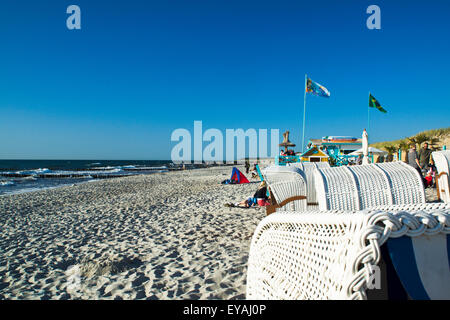 white beach chairs with a Beachbar at Baltic Sea in Germany, Mecklenburg - Vorpommern. - Stock Photo