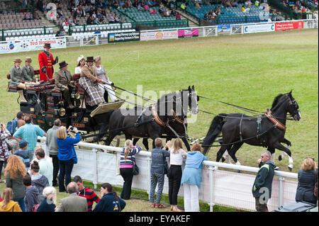 Llanelwedd, Powys, UK. 23rd July 2015. Royal Welsh Lady Ambassador 2015, Hannah Barry and Tristar Carriage Driving - Stock Photo