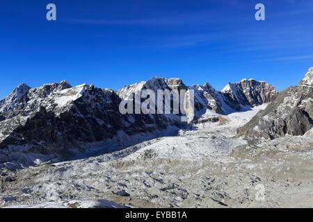 The Changri Nup Glacier, Everest base camp trek, UNESCO World Heritage Site, Sagarmatha National Park, Solu-Khumbu - Stock Photo