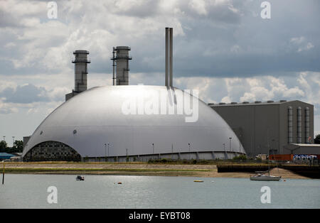 Marchwood Power Station and Energy Recovery Facility on Southampton Water England UK - Stock Photo