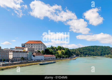 Image with view to the river Danube in Linz, Austria