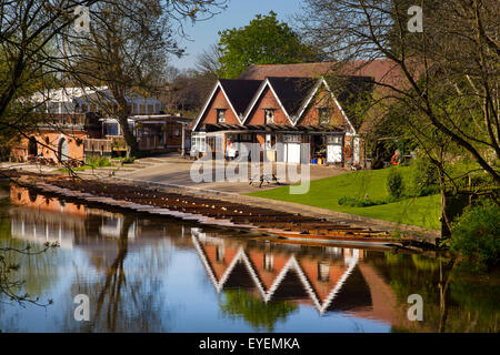 Cherwell Boathouse and punts,Oxford - Stock Photo