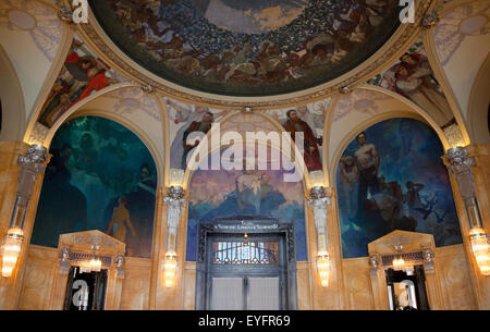 Art Nouveau painting in the Mayors Parlor in the Obecni dum, designed by Alfons Mucha, Prague, Czech Republic, Europe - Stock Photo